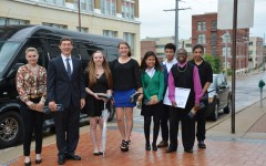 Students pitch their business ideas to business owners