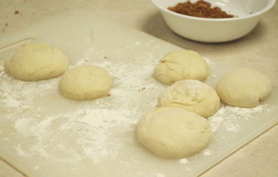Traditional Chinese pancake dough balls