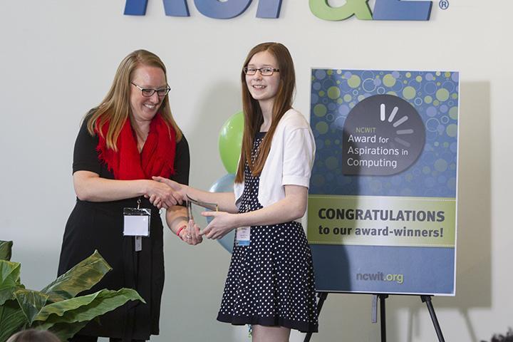 Student wins selective technology award