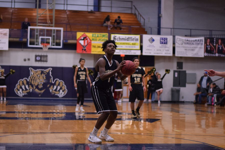Jalen Smith shoots a free throw during the first half of the mens junior varsity game.