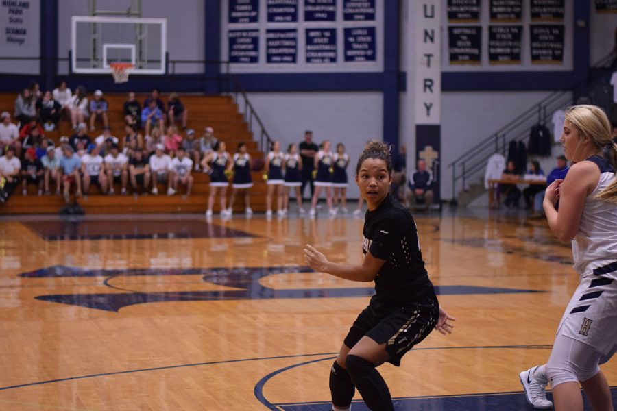 The women varsity team will take on the Highland Park Lady Scots at 6 at Highland Park.