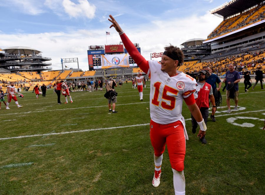 Photo found from the following source: http://www.startribune.com/alex-smith-was-reportedly-nicer-to-patrick-mahomes-than-jack-morris-was-to-mahomes-dad/493495481/